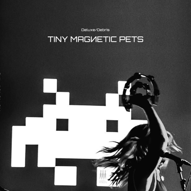 Tiny Magnetic Pets - Deluxe Debris 1 - fanzine