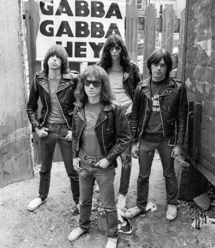 """Ramones, in arrivo """"It's Alive II"""" per il Record Store Day 5 - fanzine"""