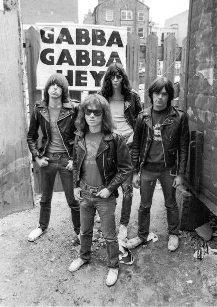 """Ramones, in arrivo """"It's Alive II"""" per il Record Store Day 2 - fanzine"""