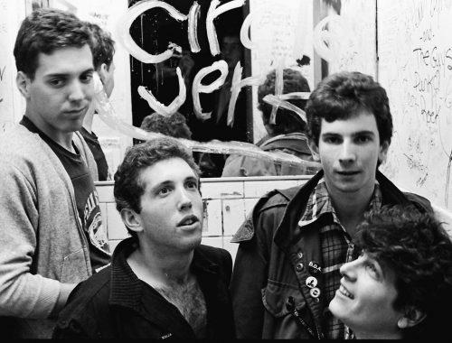 """Circle Jerks, ristampa per i 40 anni di """"Group Sex"""" 2 - fanzine"""